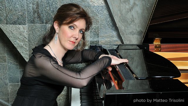 Promotional photo of Anne-Marie McDermott, piano