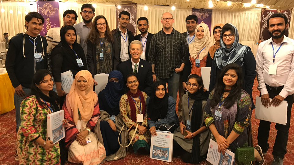 Dr.  Joe Sopcich and Beth Gulley with a group of faculty and administrators from Sukkur IBA University